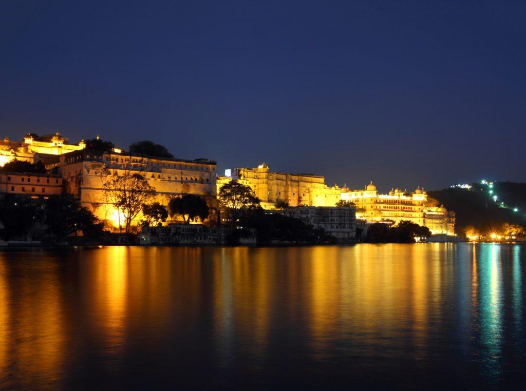 Ahmedabad to UdaiPur, Rajasthan | Road trip | GhoomnaPhirna